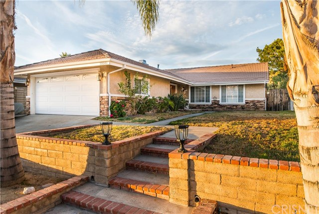 Property for sale at 28041 Florence Lane, Canyon Country,  CA 91351