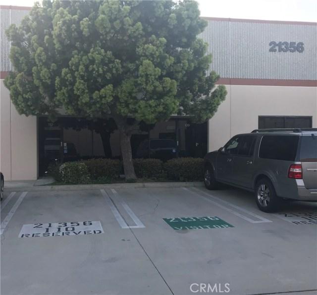 21356 Nordhoff Street, Chatsworth CA: http://media.crmls.org/mediascn/f7121b6e-b633-43ba-b389-063bd8bd07e9.jpg