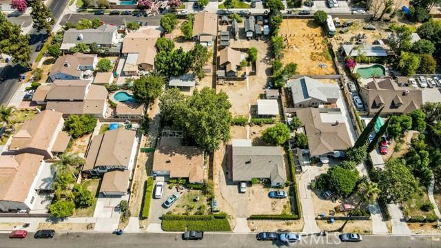 18320 Arminta Street, Reseda CA: http://media.crmls.org/mediascn/f722f80d-e9e7-4e86-9a75-a5851055dd65.jpg