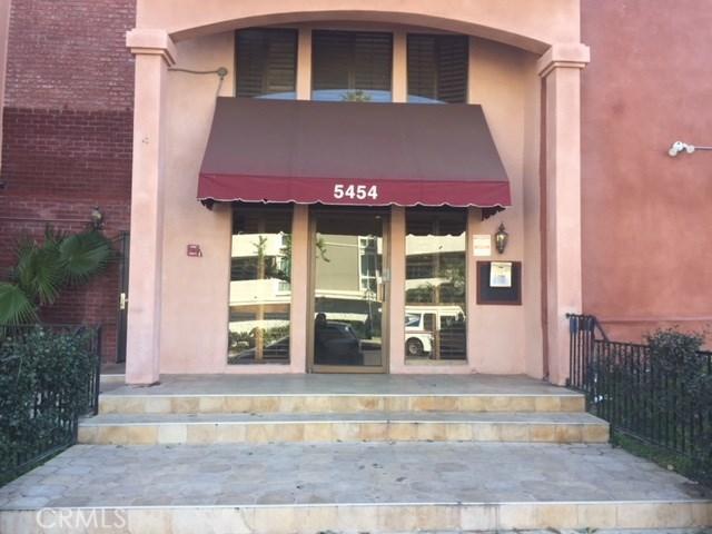 Photo of 5454 Zelzah Avenue #302, Encino, CA 91316