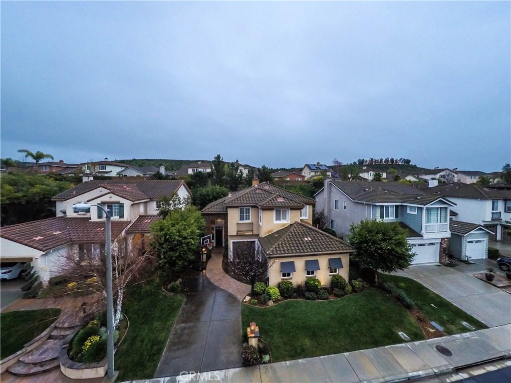 14374 Peach Hill Road, Moorpark, CA 93021