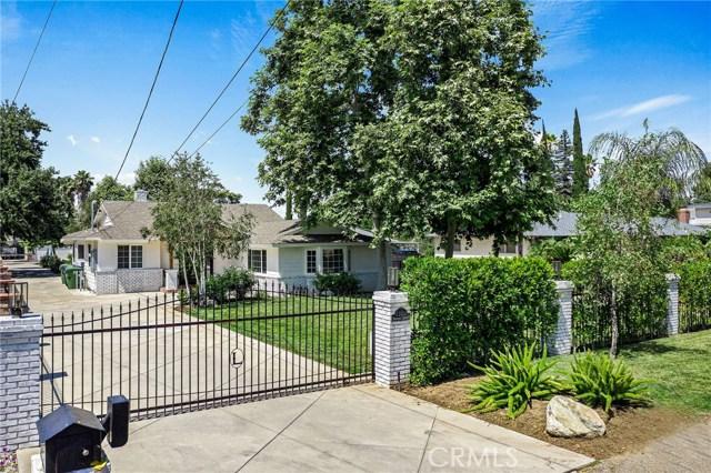 Photo of 23101 Dolorosa Street, Woodland Hills, CA 91367