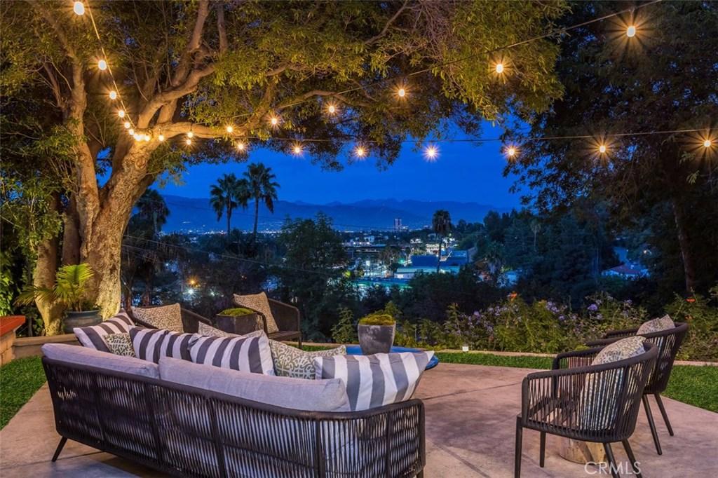 Photo of 11524 SUNSHINE Terrace, Studio City, CA 91604