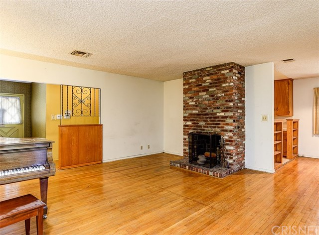 11200 Lasaine Avenue Granada Hills, CA 91344 - MLS #: SR18188505