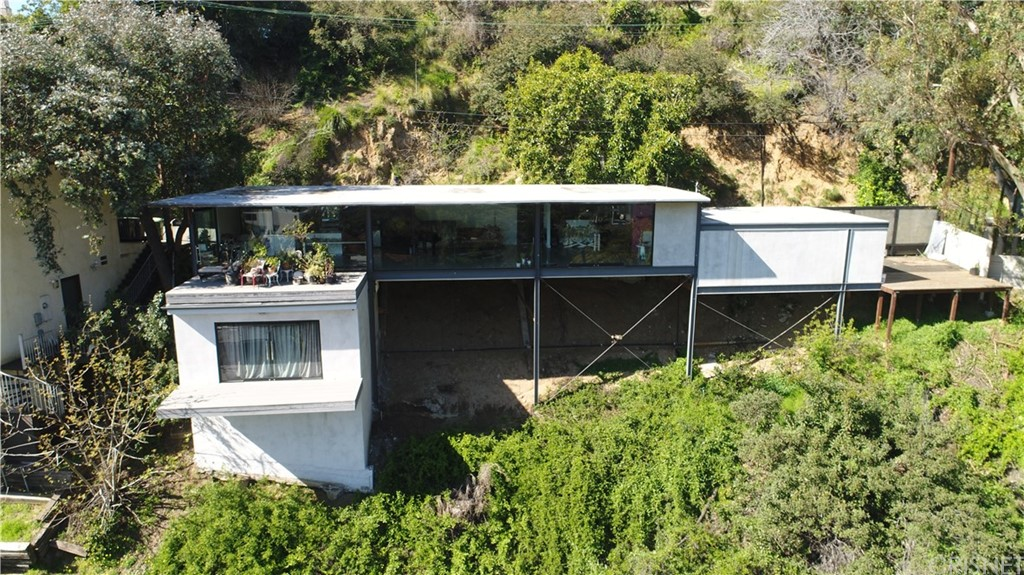 8536 FRANKLIN Avenue, Hollywood Hills, CA 90069
