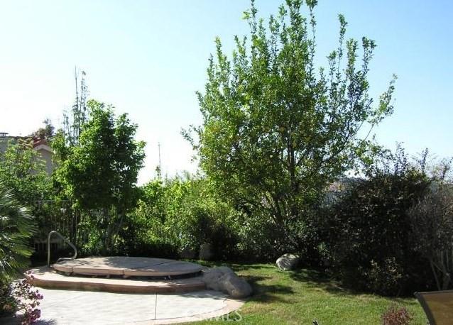 3642 Calle Canon, Calabasas CA: http://media.crmls.org/mediascn/f8b1d273-2217-4f25-9045-58e84dcde5e9.jpg