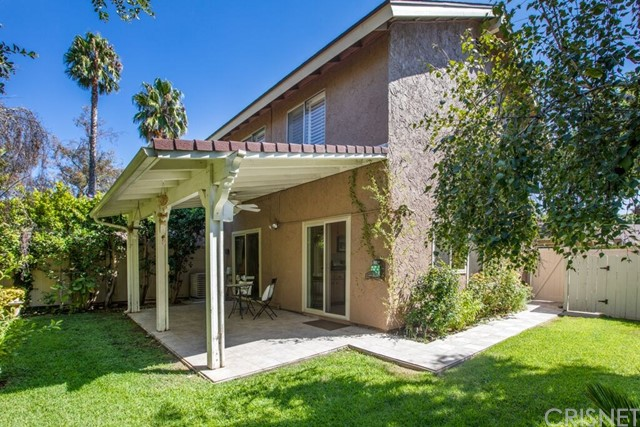 Photo of 22715 Bassett Street, West Hills, CA 91307