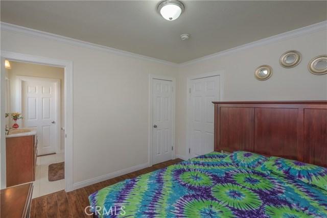 14654 Erwin Street, Van Nuys CA: http://media.crmls.org/mediascn/f8e975cb-498c-4229-bd3d-5f574dcf27c4.jpg
