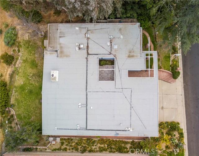 12662 Jimeno Avenue, Granada Hills CA: http://media.crmls.org/mediascn/f91a2d79-f092-4da4-bf4d-28e14a617788.jpg