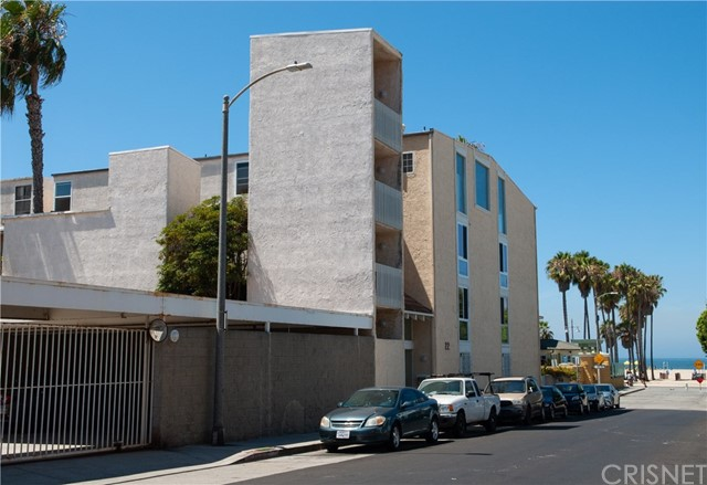 22 E Navy St, Santa Monica, CA 90291 Photo 4