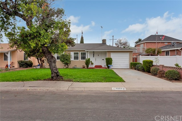 8809 De Haviland Avenue  Los Angeles CA 90045