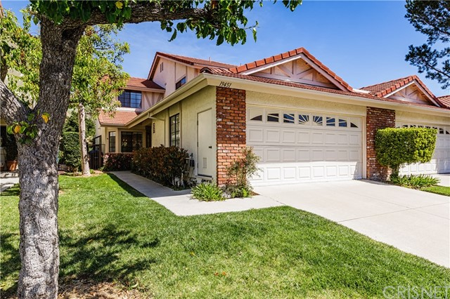 19451 Eagle Ridge Lane , CA 91326 is listed for sale as MLS Listing SR18073674