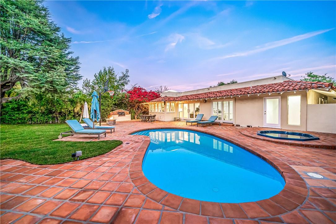 Photo of 6775 Daryn Drive, West Hills, CA 91307