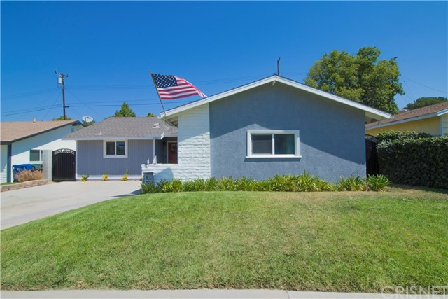 19513 Ermine Street, Canyon Country CA 91351
