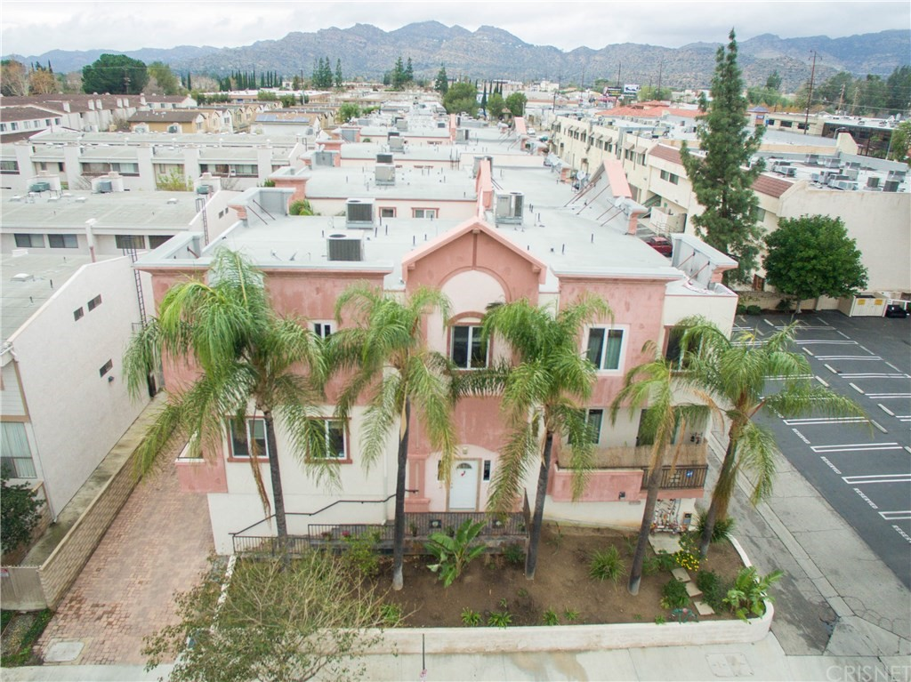10235 Independence Avenue #12, Chatsworth, CA 91311