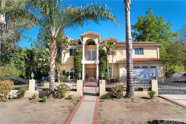 Single Family Home for Sale at 5502 Penfield Avenue 5502 Penfield Avenue Woodland Hills, California 91364 United States
