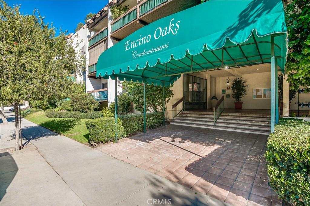 Photo of 5460 WHITE OAK AVENUE #F203, Encino, CA 91316