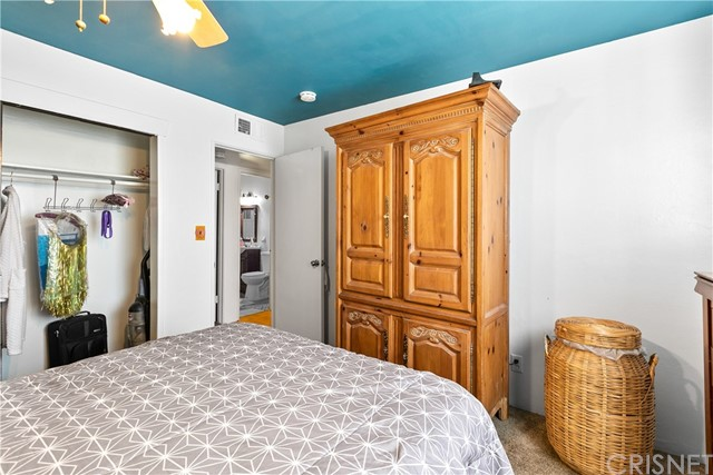 3391 Haven Street, Rosamond CA: http://media.crmls.org/mediascn/fb5dc829-d935-4922-aa75-7355be95d1e4.jpg