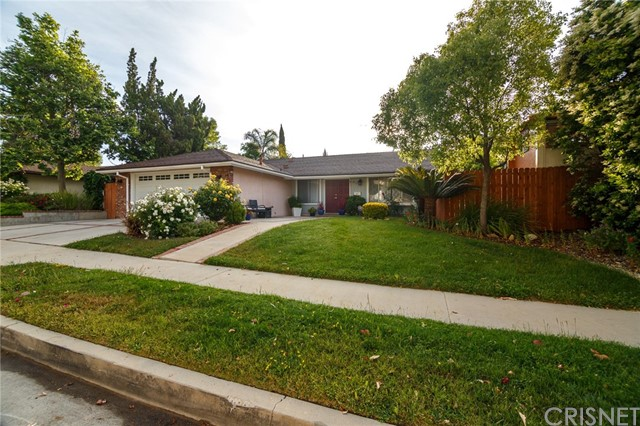 8328 Denise Ln, West Hills, CA 91304 Photo