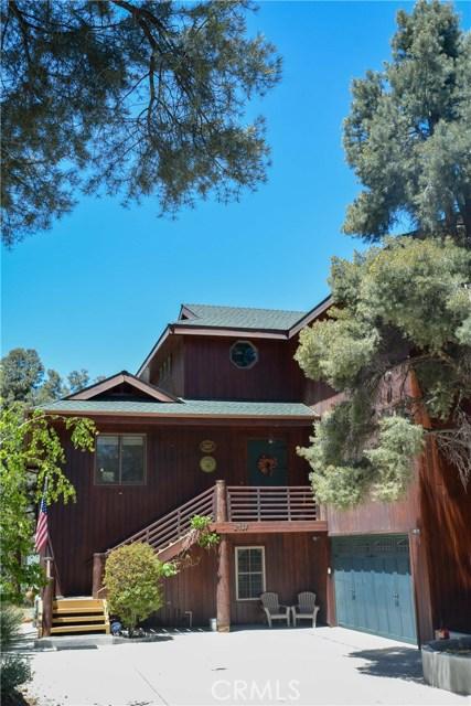 独户住宅 为 销售 在 2417 Yellowstone Court Frazier Park, 93225 美国