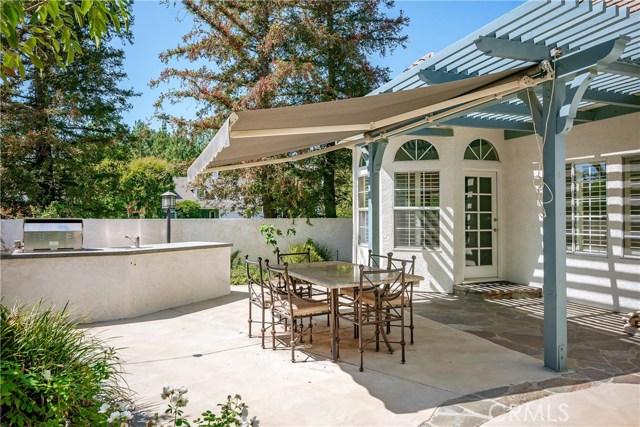 11900 Andasol Avenue, Granada Hills CA: http://media.crmls.org/mediascn/fc010549-1804-4a78-b266-32ab3f16efde.jpg