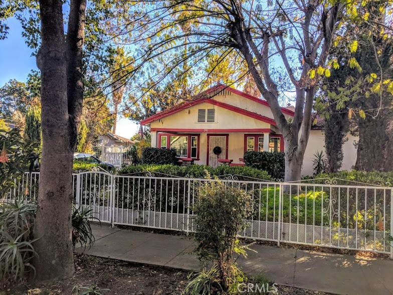 290 East Penn Street, Pasadena, CA 91104 Photo