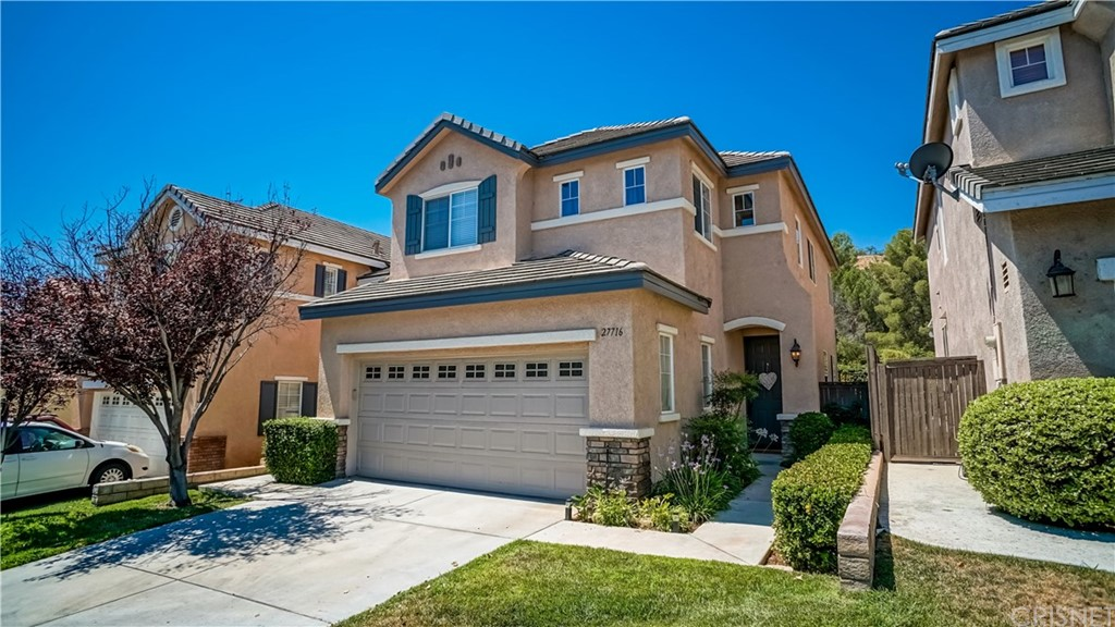 Property for sale at 27716 Elkwood Lane, Castaic,  CA 91384