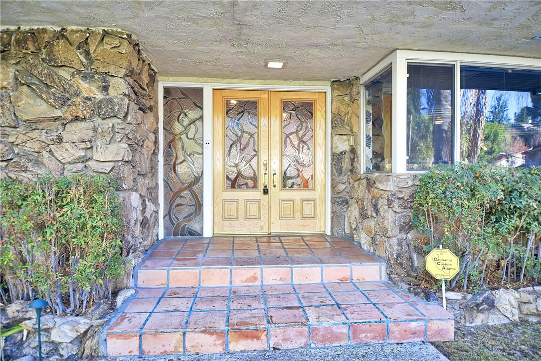 4960 Palomar Drive  Tarzana CA 91356