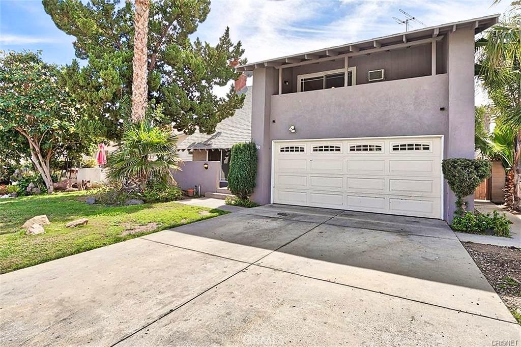 20000 HEMMINGWAY Street, Winnetka, CA 91306
