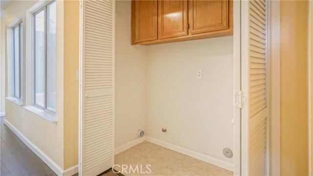 44919 Fenhold Street, Lancaster CA: http://media.crmls.org/mediascn/fcb7b256-6f18-4ead-997f-8d39bff9b50d.jpg