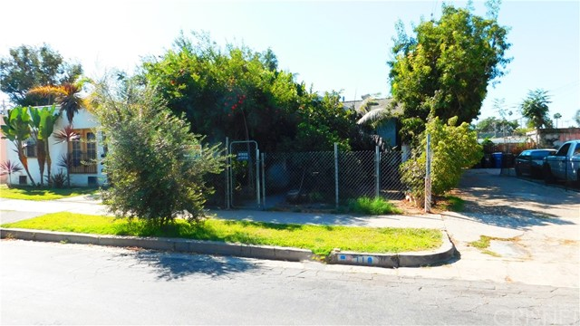 Photo of 110 E 77th Street, Los Angeles, CA 90003