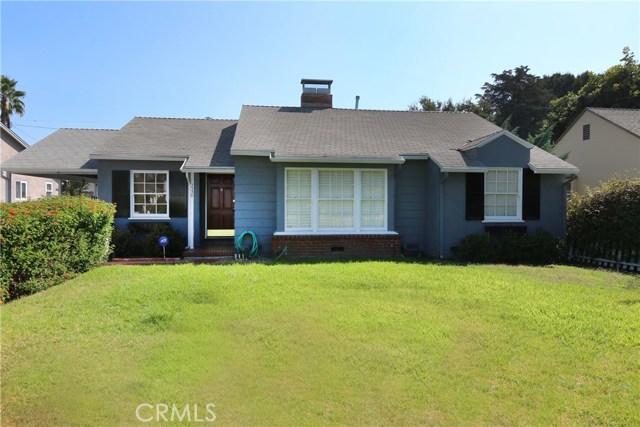5530 Carpenter Avenue, Valley Village CA: http://media.crmls.org/mediascn/fd981201-fc9c-4a12-bae6-778f45e6f7f7.jpg