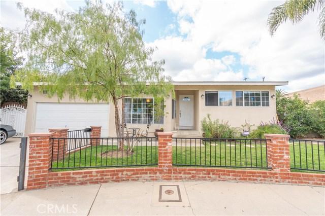 14707 Hagar Street, Mission Hills (San Fernando) CA: http://media.crmls.org/mediascn/fd9e2a49-0ed7-4c1d-b4b5-a1427a34f392.jpg