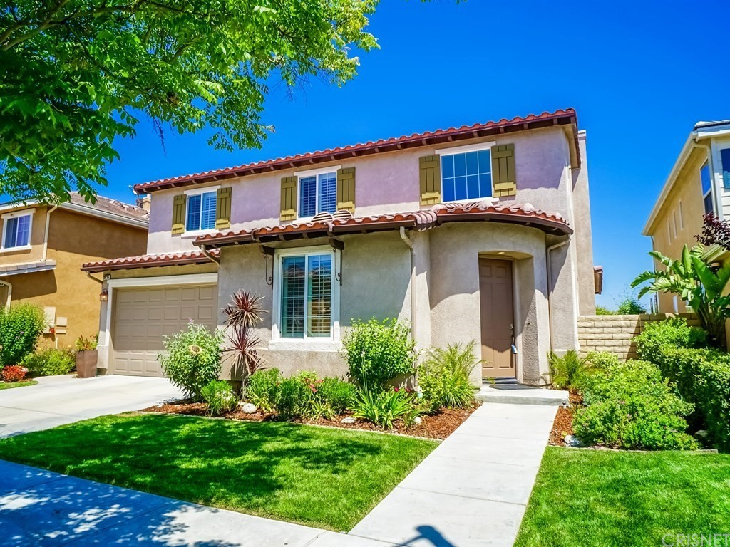 19735 ELLIS HENRY Court, Newhall, CA 91321