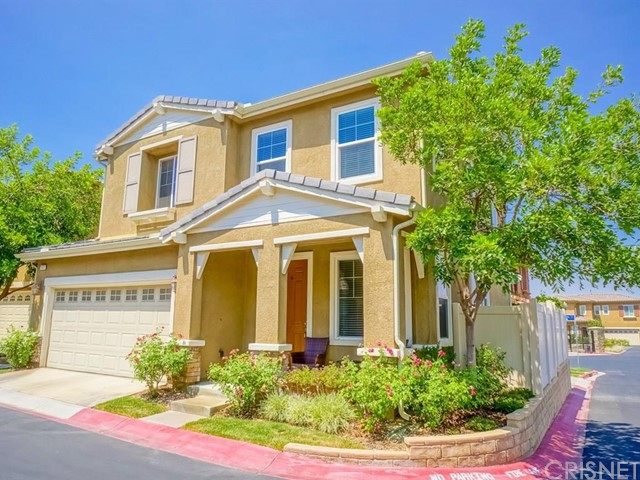 Property for sale at 26013 Lindale Place, Newhall,  CA 91350
