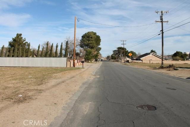 0 Avenue L10, Lancaster CA: http://media.crmls.org/mediascn/fdc4d0b8-d3a9-404d-838b-e7e1752e9bb0.jpg
