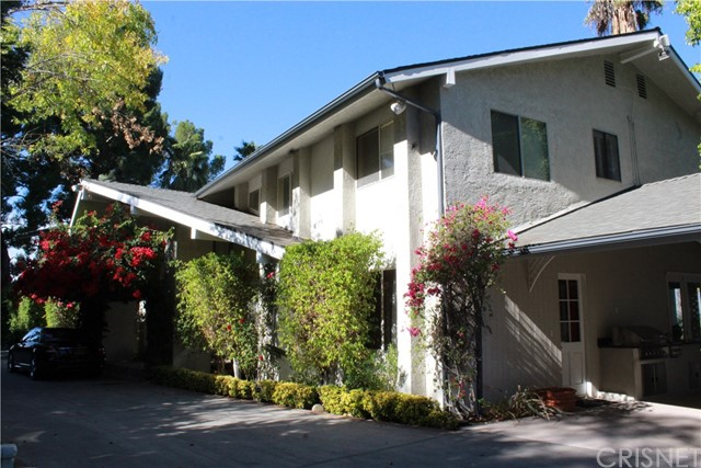 Single Family Home for Sale at 4915 Winnetka Avenue 4915 Winnetka Avenue Woodland Hills, California 91364 United States