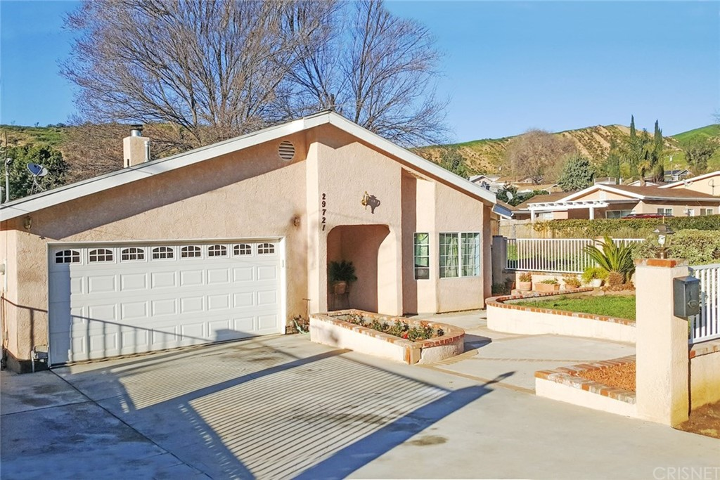 Property for sale at 29721 Hunstock Street, Castaic,  CA 91384