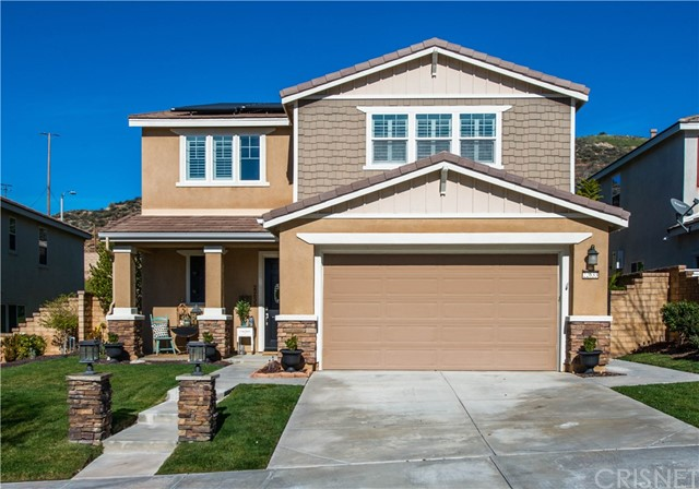 22633 Dragonfly Ct, Saugus, CA 91350 Photo
