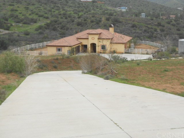 8310 Escondido Canyon Road, Agua Dulce CA 91390