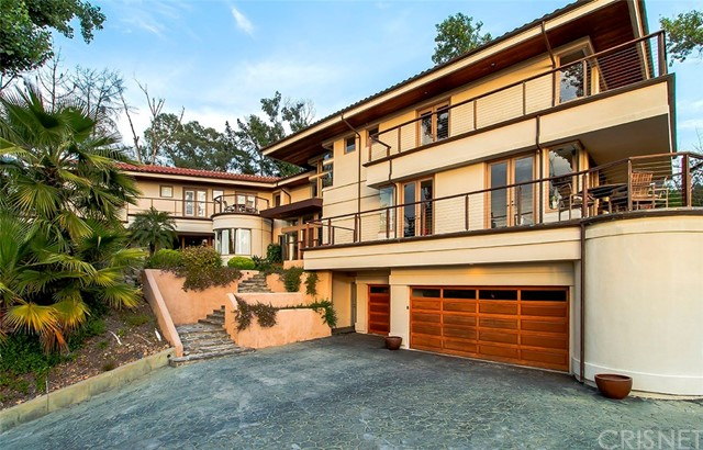 Single Family Home for Sale at 31632 Foxfield Drive Westlake Village, California 91361 United States