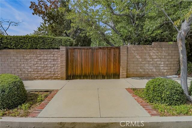 20431 Germain Street, Chatsworth CA: http://media.crmls.org/mediascn/feb464fb-406a-4a94-bbd6-7507b8cbf171.jpg