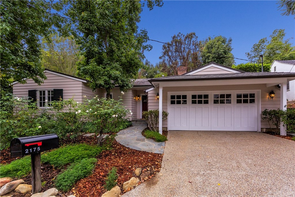 Photo of 2175 ROSCOMARE ROAD, Bel Air, CA 90077