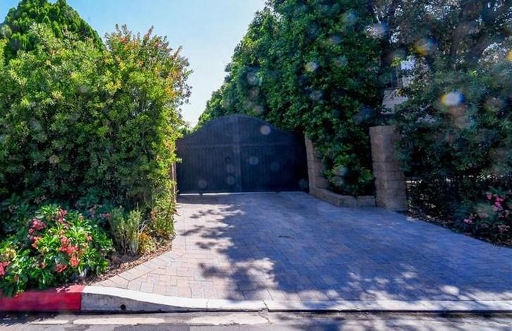 Photo of 4410 Mammoth Avenue, Sherman Oaks, CA 91423