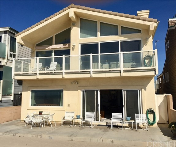 Single Family Home for Sale at 2117 Ocean Drive Oxnard, 93035 United States
