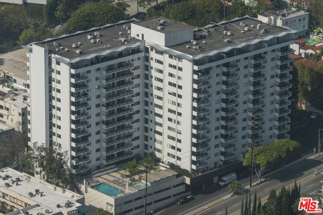 1155 N La Cienega Boulevard, West Hollywood CA: http://media.crmls.org/mediaz/0088B54B-3946-4D6D-823D-854DD8C1775F.jpg