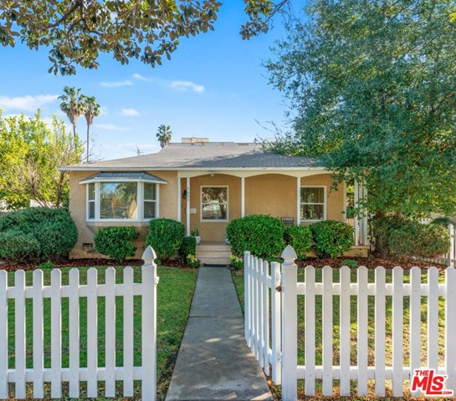 4450 STANSBURY Avenue  Sherman Oaks CA 91423