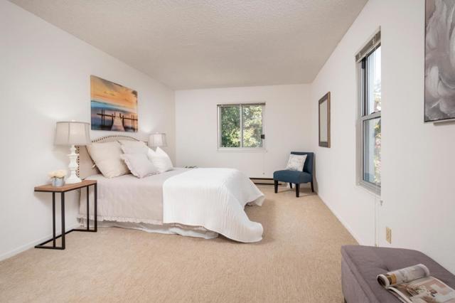 411 Piccadilly Place, San Bruno CA: http://media.crmls.org/mediaz/01446183-9D0C-4F20-9307-D49BD17F2C5A.jpg