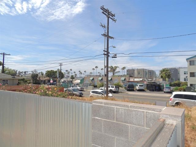 1500 Alvarado, Oceanside CA: http://media.crmls.org/mediaz/0179E1B7-AEA2-4905-92EF-C5E0AB58777A.jpg