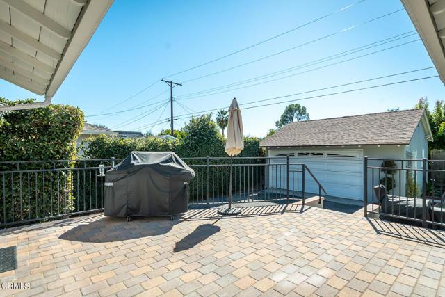 2180 Brigden Road, Pasadena CA: http://media.crmls.org/mediaz/01B46589-AE87-41B3-A664-C71A1765249D.jpg